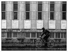 Transport du futur??? (francis_bellin) Tags: 2018 rueclark rue montréal octobre streetphoto photoderue street