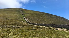 Slieve Donard, 26/06/2019 (Milepost98) Tags: slieve donard ni northern ireland ulster mourne mountain mountains hill hills hike county down wall saddle