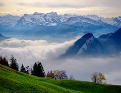 Herbst (torremundo) Tags: schnee landschaften berge besonderestimmung wolken sattel schwyz schweiz