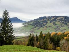 Herbst (torremundo) Tags: schweiz wolken berge schwyz landschaften sattel besonderestimmung