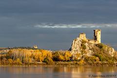 Ciel d'automne sur le Château de l'Hers au bord du Rhône (jean-louis21) Tags: automne rhône fleuve chateauneuf du pape castle fall