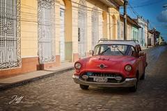 Retour de Cuba (Jeff-Photo) Tags: america amérique cu cub concepts continentsetpays cuba motsclésgénériques styledevie vintage car oldsmobile pavé rue street voiture voitureaméricaine voitureancienne