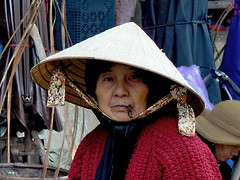 Hoi An 2008 - Smoking woman (sharko333) Tags: travel voyage reise asia asien vietnam hoian people portrait woman hat smoker 2008