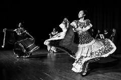 Dia de los muertos #15 (drugodragodiego) Tags: castenedolo provinciadibrescia lombardia italy mexico folklore tradizioni arte musica danza dancers blackandwhite blackwhite biancoenero bw pentax pentaxk1 k1 pentaxdfa2470mmf28 hdpentaxdfa2470mmf28edsdmwr
