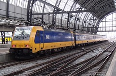 PB277456a E186-116 (HenryTransport) Tags: trein treinen trains railways spoor spoorwegen amsterdam amsterdamcs icdirect