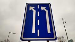prg | arrows (stoha) Tags: arrows arrow pfeile pfeil schild sign roadsign praha prague prag