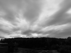 Morning sky (frankdorgathen) Tags: iphone8plus autumn fall herbst landschaft landscape ruhrgebiet ruhrpott ruhrarea bochum querenburg wolken clouds himmel sky morgens morning
