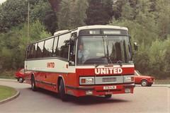 United 1401 (peagreenbus) Tags: c131hjn unitedautomobile leylandtiger plaxtonparamount3200