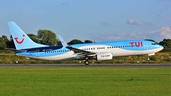 G-FDZT (AnDyMHoLdEn) Tags: thomson tui 737 egcc airport manchester manchesterairport 23l