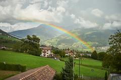 Dorf Tirol (===\WR\===) Tags: europa tirol italien südtirol italia altoadige sudtirolo autonomeprovinzbozen dorf regenbogen passeiertalleitz leica leicar summicron 50mm