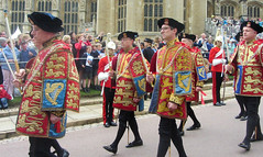 Royal Heralds, Order the Garter Day Procession, Windsor Castle, England, 2014 (alexdavidwriter) Tags: windsor england britain uk windsorcastle orderofthegarter garterday procession ceremony british tradition pomp britishmonarchy herald collegeofarms coatofarms medieval