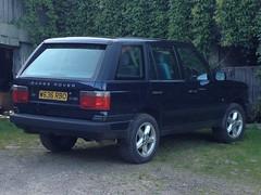 Photo of Range Rover.