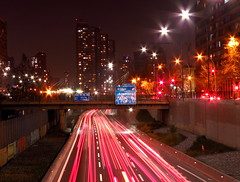 Speed of Night (lugar.citadino) Tags: latinamerica americalatina southamerica sudamerica chile ciudaddesantiago santiagodechile santiago scl santiagocentro autopistacentral metrodesantiago canonphotography canon exploration explorer explore discovery discover travel traveller trip adventurer adventure photography photo picture image view colour color shade shadow light trails photographer pro