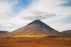 Volcán Licancabur -Atacama (Jorge José Orr) Tags: desierto atacama montañas chile