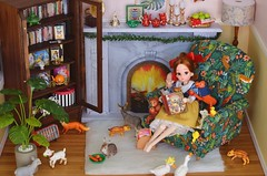 Be Thankful for All the Caring and Sharing in This Season (Moonrabbit_ly) Tags: licca dollhouse rement rements miniature diorama onesixscale