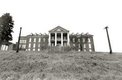 DeJarnette Sanatorium Nº 1 (efo) Tags: bw film largeformat 4x5 abandoned sanatorium staunton virginia xrayfilm graflex