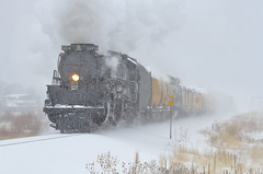 Headin' home (Moffat Road) Tags: unionpacific up bigboy 4014 steamlocomotive 4884 snow blizzard snowstorm upgreeleysub milepost7 adams dupont denver colorado train railroad co 76thstreet derby