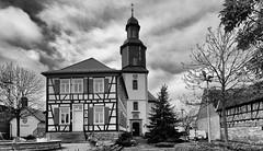 Dudenhofen Kirche (wernerfunk) Tags: church hessen village dorf schwarzweiss blackwhite