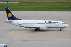 D-ABEA (PlanePixNase) Tags: stuttgart str edds echterdingen airport aircraft planespotting lufthansa boeing 737 737300 b733 733