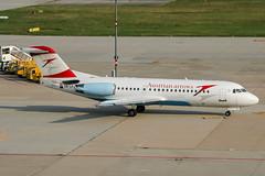 OE-LFJ (PlanePixNase) Tags: stuttgart str edds echterdingen airport aircraft planespotting austrian arrows fokker 70 f70
