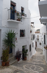 Frigiliana, Andalousie , Espagne, Spain - 2478 (rivai56) Tags: frigiliana andalousie espagne spain 2478 ruelle dans le petit village blanc alley small white flickrtravelaward