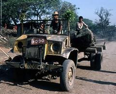 Holzabtransport in Burma 1981 (walter 7.8.1956) Tags: mayingyan 1981 burma myanmar asien holt transporter