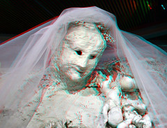 Sculpture by  Niki de Saint Phalle 3D (wim hoppenbrouwers) Tags: sculptureb nikidesaintphalle 3d anaglyph stereo redcyan thebrideormisshavershamsdream whenyoulovesomebody the bride miss havershams dream thebride misshavershamsdream baz