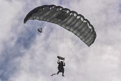 CFR5582 (Carlos F1) Tags: nikon aircraft airplane aeroplane avion aeronave festaalcel airshow festivalaereo festival planespotter spotting lleida lerida ild paracaidas paracaidismo parachute skydiving parachuting alguaire spain