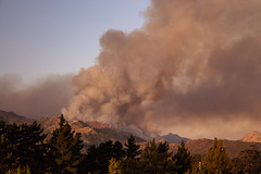 4Y4A5393 (francois f swanepoel) Tags: clouds elgin fire globalwarming grabouw hottentotshollandberge mountains pollution scenics smoke westerncape