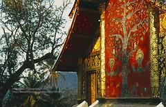 Luang Phrabang, Wat Xieng Thong (blauepics) Tags: southeast asia südostasien laos lao luang prabang phrabang city stadt wat xieng thong gold temple tempel buddhism buddhismus religion architecture architektur building gebäude history geschichte unesco world heritage site weltkulturerbe