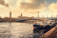 Pont Alexandre III (Ro Cafe) Tags: paris river seine boats bridge city cityscape urban travel autumn nikkor2470mmf28 sonya7iii