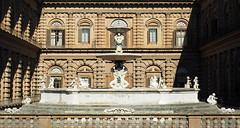 Firenze - Palazzo Pitti (Bardazzi Luca) Tags: firenze luca bardazzi tuscany toskana toscana storica storia rinascimento medio medievale italy italie italia florencia florence fiorentino facciata evo europe city citta building architettura age ancient arquitectura architecture desktop wallpapers image olympus em10 micro four thirds 43 foto flickr photo picture internet web