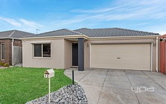 13 Fingleton Crescent, Sunbury VIC