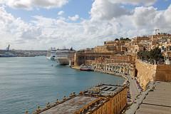Valletta Harbour (Roy Lowry) Tags: malta valletta