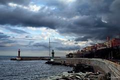 Un jour de pluie (litang13) Tags: mer sea orage nuage corse bastiat