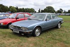 Jaguar XJ Sovereign A10OTS (Andrew 2.8i) Tags: festival unexceptional buckinghamshire middle claydon meet show coche voitures voiture autos auto cars british xj40 executive saloon sedan sovereign xj jaguar a10ots