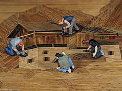 Tiny people - Intarsien Spezialisten bei der Arbeit (J.Weyerhäuser) Tags: box 187 holz tinypeople preiser intarsien h0 intarsia