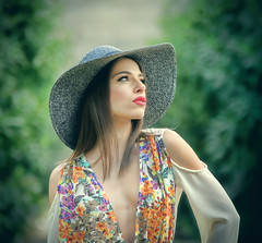 Chiara (photokiss10) Tags: model glamour mode fashion sensual girl woman hat color