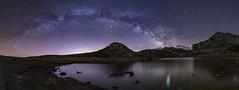Lago Ercina (Marce Alvarez.) Tags: vialactea asturias largaexposicion lagosdecovadonga nikon nocturna nightlandscape nightsky milkyway stars estrellas españa