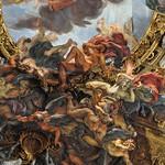 03e Иль Джезу. Дж.Б.Гаулли, фрагмент живописи и скульптуры свода, 1670-е