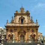 49 Р. Боскарино  и М. Спада. Собор св. Петра, нач XVIII в. Модика, Сицилия