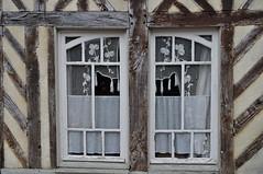 Beuvron en Auge, Pays d'Auge, Calvados, Normandie, France. (byb64) Tags: beuvronenauge paysdauge calvados 14 normandie normandy normandia نورماندي нижняянормандия нормандия bassenormandie france francia frankreich europe europa eu ue village pueblo borgo dorf maison house casa case casas haus houses maisons halftimberedhouses fachwerkhaus maisonàcolombages maisonàpansdebois casaagraticcio