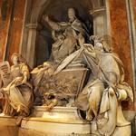 02g Л.Бернини. Гробница папы Григория XIII