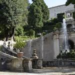 18в Тиволи. Вилла де Эсте. Главная лестница и фонтан друкона