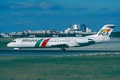 CS-TPA Fokker 100 Portugalia (@Eurospot) Tags: lisbon lppt cstpa portugalia fokker