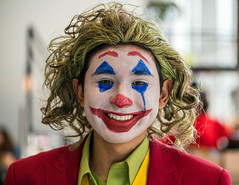 The Joker at Louisville's GalaxyCon (sniggie) Tags: galaxycon joker kicc kentuckyinternationalconventioncenter cosplay