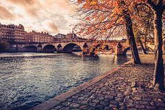 Pont Royal (Ro Cafe) Tags: paris seine river bridge autumn city cityscape urban travel nikkor2470mmf28 sonya7iii