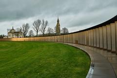 L'Anneau du souvenir (PATRICK skorzec) Tags: hautsdefrance histoire patrimoine perspective monuments fujixt3 necropoledelorette ciel