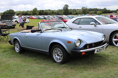 Fiat 124 Sport Spider A20FTC (Andrew 2.8i) Tags: festival unexceptional buckinghamshire middle claydon meet show coche voitures voiture autos auto cars pininfarinaspidereuropa italian sports sportscar open cabriolet convertible roadster spider sport 124 fiat a20ftc