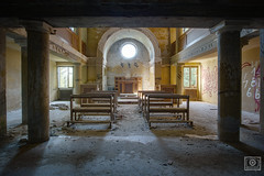 chapel (UE-Photography - urban exploration & travel) Tags: exploration italy redcrosshospital ruine urbanexploration urbex abandoned canon creepy decay derelict europa exploring forgot lostplace marode neglected orphanage photography rotten rusty spooky tragedy ue verlassen